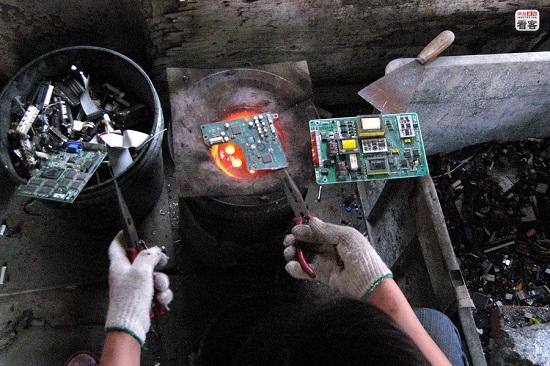 e-waste in Cina